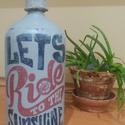 Let's ride szódásüveg egyedi dekoráció, Dekoráció, Férfiaknak, Dísz, Legénylakás, A foton lathato stilusban (kretafestekkel es transzfertechnikaval diszitett) szodasuveg elado, motor..., Meska