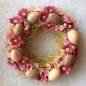 """""""szerdán tavasz lesz..."""" - kopogtató, Otthon, lakberendezés, Dekoráció, Húsvéti díszek, Ünnepi dekoráció, Mindenmás, 30 cm átmérőjű szalma koszorú, sárgászöld kötözőrafiával, tojásokkal és virágfejekkel., Meska"""
