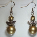Angyalos fülbevaló, Ékszer, Fülbevaló, Angyalos fülbevaló, arany színű Nikkelmentes akasztó. Kb:2cm, Meska