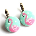 Flamingós kapcsos fülbevaló , Ékszer, Fülbevaló, Vidám rózsaszín flamingók a füledbe! :)  A gombok átmérője 20 mm, sárgaréz színű, nikkelmentes franc..., Meska
