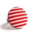 Piros matróz gyűrű, Ékszer, Gyűrű, Piros-fehér matrózcsíkos gyűrű a nyár és a tenger szerelmeseinek.  A gomb átmérője 25 mm, a gyűrű sá..., Meska