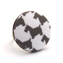 Kutyusos gyűrű, Ékszer, Gyűrű, Vidám westie mintás gyűrű, kutya imádóknak. :)  A gomb átmérője 25 mm, a gyűrű sárgaréz színű, nikke..., Meska