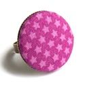 Csillagos gyűrű, Ékszer, Gyűrű, Vagány csillagos gyűrű. :)  A gomb átmérője 25 mm, a gyűrű sárgaréz színű, nikkelmentes, mérete állí..., Meska