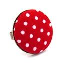 Piros pöttyös gyűrű, Ékszer, Gyűrű, Vidám piros pöttyös gyűrű, ami garantáltan mosolyt csal az arcodra. :)  A gomb átmérője 25 mm, a gyű..., Meska