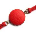 Piros textilbőr karkötő, Ékszer, Karkötő, Végre megérkeztek a karkötők is a kínálatomba! :) Ebben az egyszerű ám mutatós fazonban színben harm..., Meska