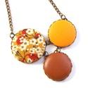Cseresznyevirágos nyaklánc - sárga, Ékszer, Nyaklánc, Bájos kis cseresznyevirágos nyaklánc, melynek a medál részét három kapcsolt gomb alkotja, ami..., Meska