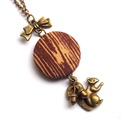 Faerezet mintás mókusos nyaklánc , Ékszer, óra, Nyaklánc, Faerezet mintás, mókusos őszi nyaklánc.  A gomb átmérője 25 mm, sárgaréz színű, nikkelmen..., Meska
