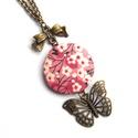 Cseresznyevirágos, pillangós nyaklánc - rózsaszín, Ékszer, Nyaklánc, Nőies, romantikus nyakláncot készítettem cseresznyevirág mintával és pillangóval.  A gomb átmérője 2..., Meska