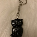 Fekete bagoly kulcstartó , Mindenmás, Kulcstartó, Trendi és egyedi műgyantából öntött különleges fekete bagoly kulcstartó. Táskára is tehet..., Meska
