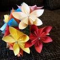 Virágcsokor papírból, Dekoráció, Esküvő, Mindenmás, Dísz, Asztaldísz, Csokor, Papírművészet, Mindenmás, A virágszirmokat egyszerű színes papírból hajtogattam és ragasztottam. A szárakat krepp papírral és..., Meska