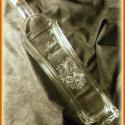 Gravírozott palack -KÉSZLETEN, Férfiaknak, Konyhafelszerelés, Magyar motívumokkal, Kancsó , Üvegművészet, 500 ml-es kézzel gravírozott üveg dogóval.   Megbeszélés után más mintával/ felirattal is kérhető. , Meska