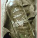 Gravírozott palack, Férfiaknak, Konyhafelszerelés, Magyar motívumokkal, Sör, bor, pálinka, Üvegművészet, 500 ml-es kézzel gravírozott üveg dugóval.    ***A termék rendelhető egyéni elképzelések alapján is..., Meska