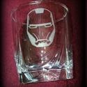Gravírozott whiskys pohár- Avengers, Marvel, Férfiaknak, Konyhafelszerelés, Sör, bor, pálinka, Kézzel gravírozott whiskis poharak.   Rendelhető a képen látható logókkal vagy bármilyen má..., Meska