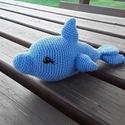 Horgolt delfin, Játék, Baba-mama-gyerek, Játékfigura, Plüssállat, rongyjáték, Horgolás, Ölelnivalóan puha 20 cm-es horgolt delfin, kislányok és kisfiúknak is jó ajándék lehet.  Bababarát,..., Meska