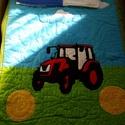 Traktor mintás, applikált takaró, Otthon, lakberendezés, Baba-mama-gyerek, Lakástextil, Takaró, ágytakaró, Patchwork, foltvarrás, Kiváló minőségű pamutból készült, egyedi kérésre, vevői igények figyelembevételével, ez a traktoros..., Meska