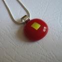 Piros-arany medál, Ékszer, Medál, Nyaklánc, Amerikai művészüvegből készült ez az egyedi , különleges nyári medál . Szine tűzpiros, mérete 1.5,x1..., Meska