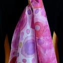 Pink álom selyemsál, Ruha, divat, cipő, Kendő, sál, sapka, kesztyű, Kendő, Elvarázsol, magával ragad, télen melegít, nyáron hűsít. Pongé5 hernyóselyemből készítettem ezt a cso..., Meska