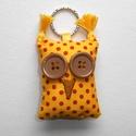 Sárga pöttyös őszi Uhu - bagoly kulcstartó, Mindenmás, Kulcstartó, Ez a sárga pöttyös Uhu kulcstartó vidám színfoltja lehet a mindennapoknak. Pillekönnyű, mégis egysze..., Meska