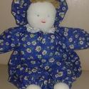 """Kézműves """"szöszke"""" baba kékben, Baba-mama-gyerek, Játék, Baba-mama kellék, Baba, babaház, Baba-és bábkészítés, Varrás, Pisze baba egyre csak nő! Kinőtt a szöszke haja! Textil és vatelin kombinációból készült, így akár ..., Meska"""