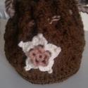 Horgolt női táska., Táska, Szatyor, Horgolt női kézitáska, virág díszítéssel, vastag fonalból, bélés nélkül. Mérete kiterí..., Meska