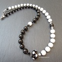 Pöttyök - fekete-fehér nyaklánc, Hófehér tejkvarc (6-8 mm), fekete ónix (6-8 mm)...