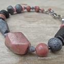 Cote de Granit Rose, A karkötőt saját készítésű gyurma gyöngyö...