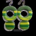 Bambuszerdő  -  hosszú fülbevaló, Ékszer, Fülbevaló, Többféle zöld színű süthető gyurmából készítettem a fülbevalót. A hátoldala egyszínű, az utolsó képe..., Meska