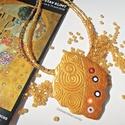 Arany színű nyaklánc medállal, Gustav Klimt inspiráció, A medált süthető gyurmából készítettem, a f...