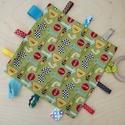 Stop táblásás címkerongyi, Baba-mama-gyerek, Játék, Baba-mama kellék, Plüssállat, rongyjáték, Varrás, Élénk színű és vidám mintájú Riley Blake design pamut anyag és bébiplüss kombinálásával készítettem..., Meska