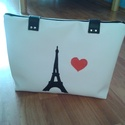 Párizs love műbőr Eiffel torony táska, Táska, Válltáska, oldaltáska, Varrás, Ha Párizs szerelmese vagy, ezt a táskát Neked készítettem! A  táska méretei: 36x27x6, pántja 68 cm ..., Meska