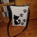 Műbőr cicás macskás tappancs fekete fehér táska, Táska, Válltáska, oldaltáska, Varrás, Műbőr táskát készítettem a macskák szerelmeseinek! Nélküled ez csak egy táska, Veled viszont már st..., Meska