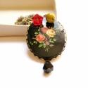 Fekete mező - hosszú nyaklánc, Ékszer, Esküvői csokor, A nyaklánc a következő anyagokból készült:  * fekete virágos kaboson * piros, fekete és zöl..., Meska