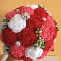 Piros variációk örökcsokor, Esküvő, Dekoráció, Esküvői csokor, Csokor, Horgolás, Eladó kézműves, új, horgolt virágokból készült örökcsokor különböző alkalmakra.  A virágok piros, p..., Meska