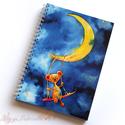 Holdon hintázó maci spirálfüzet - vonalas füzet, Naptár, képeslap, album, Jegyzetfüzet, napló, A füzet borítója egy festményem másolata. Az eredeti akvarellfestmény saját szellemi termékem. A füz..., Meska