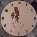 Esküvői pirográf óra, Esküvő, Otthon, lakberendezés, Nászajándék, Falióra, óra, Famegmunkálás, Jön az esküvői szezon, rendeljetek ajándék órát az ifjú párnak. :-) A képen látottakon kívül még a ..., Meska