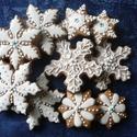 Hókristályok, Dekoráció, Ünnepi dekoráció, Karácsonyi, adventi apróságok, Karácsonyfadísz, Mézeskalácssütés, 10 darabos, különböző méretű (6-9 cm-esek), írókás, mázas karácsonyfadíszek. Kívánság szerint a cso..., Meska