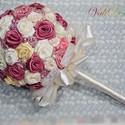 Rózsacsokor, Esküvő, Dekoráció, Esküvői csokor, Csokor, Mindenmás, Romantikus hangulatú, rózsaszín, vajszínű és fehér, szatén szalagból hajtogatott rózsákból készült ..., Meska
