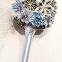 Jégvirágok csokor, Dekoráció, Csokor, Mindenmás, Ez a gömb alakú csokor fehér, világoskék, ezüst és zöld színű kanzashi technikával készült virágokb..., Meska