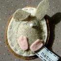 Nyuszis kitűző húsvétra, Húsvéti kitűző kislányoknak :)) vagy ajándé...