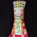 Piroska királylány - puha textilfigura, Dekoráció, Mindenmás, A kis királylányt vászonból készítettem, az elejét kézzel, textilfestékkel festettem és fixáltam.  H..., Meska
