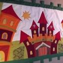 Óvodai, iskolai bábtartó (falvédő) 150x100 cm, Otthon, lakberendezés, Lakástextil, Falvédő, Óvodáknak, iskoláknak ajánlom ezt a hangulatos faliképet. A váras falikép 12 kisebb-nagyobb zsebbel ..., Meska