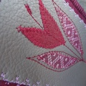 Tulipános mobiltok, A tok gyapjú biofilcből és textilbőrből kész...