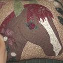 Lovas párna 50 x 50 cm, Otthon, lakberendezés, Lakástextil, Párna, Ajándékba készült ez a lovas díszpárna - hasonlatos hókával, mint gazdája kedvence :) A párna huzata..., Meska
