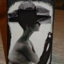 Audrey a dobozon, Otthon, lakberendezés, Tárolóeszköz, Doboz, Decoupage, transzfer és szalvétatechnika, Kis ékszeres doboz, tetején Audrey Hepburn egyik csodás képével, hátulján szintén az Ő képeiből kés..., Meska