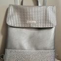 Ezüst hátitáska, Szegecses hatású és sima Textilbőrböl készü...