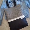 Nagy pakolós táska , Fekete és ezüst színű textilbőrből készíte...