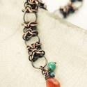 orc weave - vörösréz chainmaille karkötő, Ékszer, Karkötő, chainmeille - láncfűzéses technikával készült vörösréz karkötő egy szem  élénk narancs karneol és va..., Meska