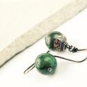 azurit   - vörösréz fülbevaló, Ékszer, Fülbevaló, kékes-zöldes 1,2cm-es azurit-lápisz kőből készült egyszerű fülbevaló, maratott mintás, saját készíté..., Meska