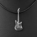 Elektomos gitár medál, Ékszer, Egyéb, Medál, Hangszer, zene, Kamaszként úgy gondoltam, ha van elektromos gitárom, automatikusan lesz barátnőm is. Az én esetemben..., Meska