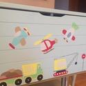 Járműves játéktároló láda kék színben, Baba-mama-gyerek, Bútor, Dekoráció, Különböző járművekkel mintázott kisfiús játéktároló láda a megrendelő igényei szerint..., Meska